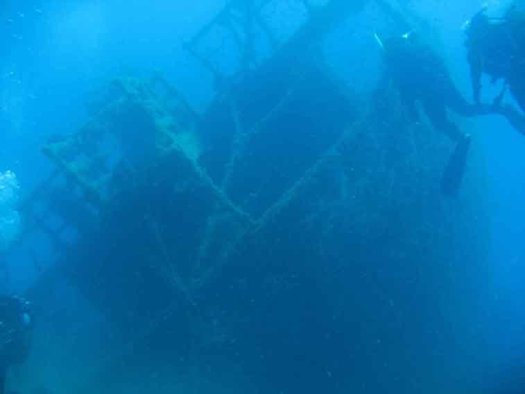 scuba greece-wreck